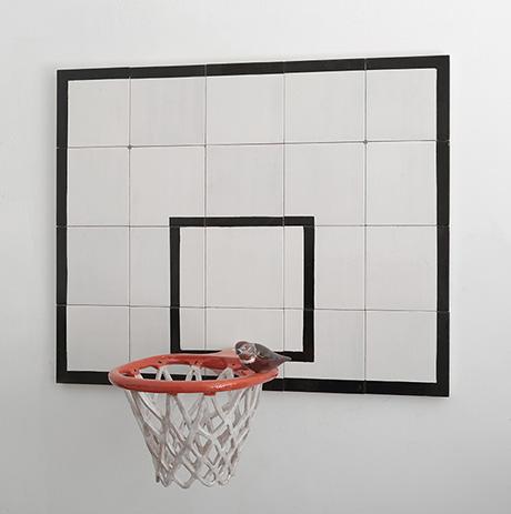 DM 003-13,Davide Monaldi,Canestro da basket con uccellino,2013, glazed ceramic