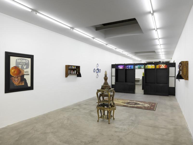 Flavio Favelli, Hotel San Giorgio. exhibition view @ Galleria S.A.L.E.S. 23feb13.h.300dpi