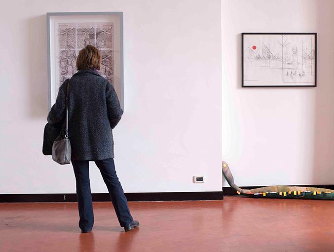 The Milky Way 2, a cura di Damiana Leoni, mostra di beneficenza per Pianoterra Onlus, veduta dell'installazione a Studio SALES di Norberto Ruggeri.g.72